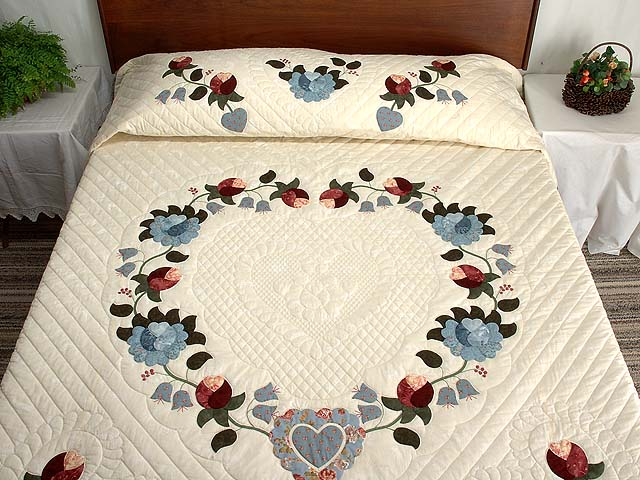 Powder Blue and Rose Heart of Roses Quilt Photo 1