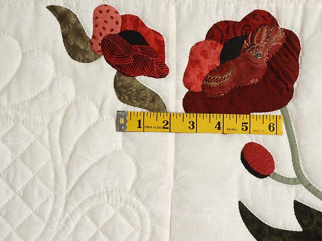 Paisley Red and Green Poppy Fields Quilt Photo 5