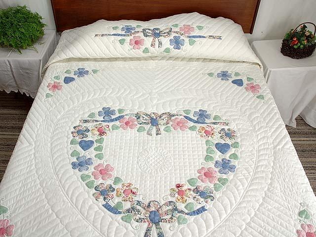 Pastel Hearts Bouquet Quilt Photo 1