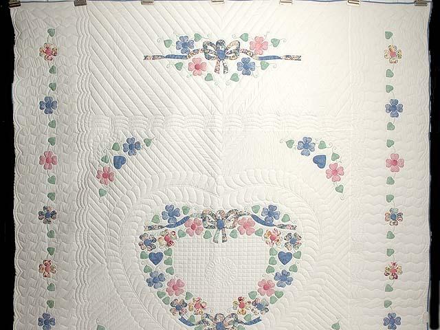 Pastel Hearts Bouquet Quilt Photo 2