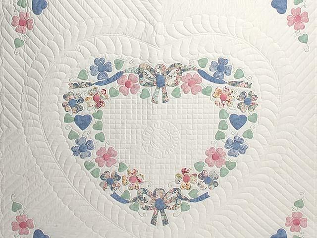Pastel Hearts Bouquet Quilt Photo 3