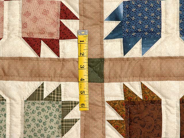 Green Burgundy and Multicolor Bears Paw Quilt Photo 5