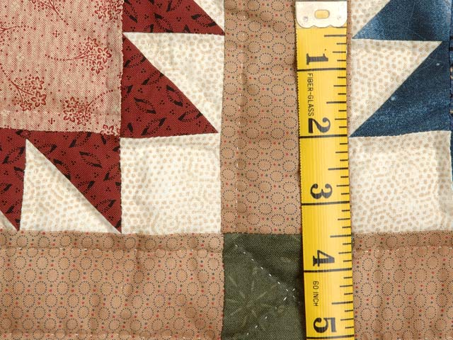 Green Burgundy and Multicolor Bears Paw Quilt Photo 6