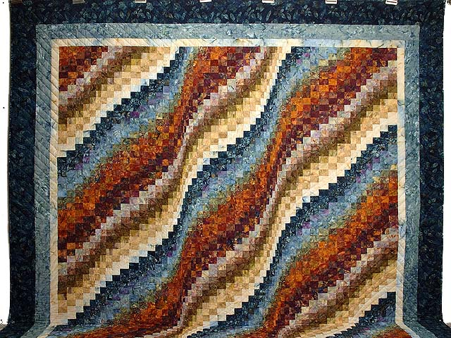 King Blues Bronze and Gold Bargello Wave Quilt Photo 2