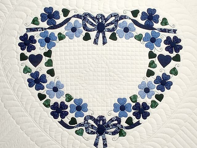 Navy and Blue Heart Bouquet Quilt Photo 4