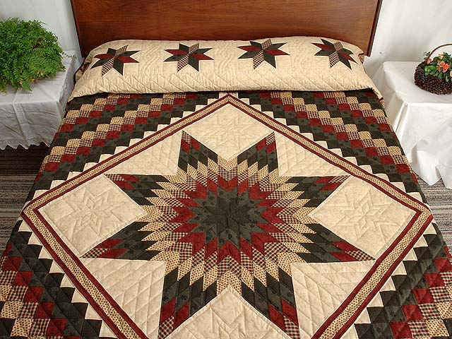 Dark Green Red and Tan Extra Fine Lone Star Trip Quilt Photo 1