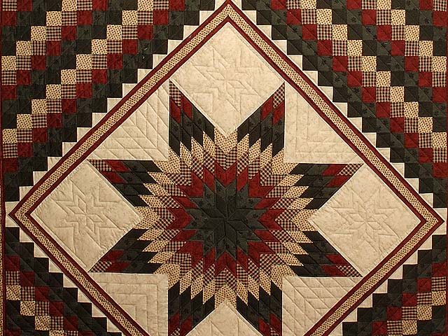 Dark Green Red and Tan Extra Fine Lone Star Trip Quilt Photo 3