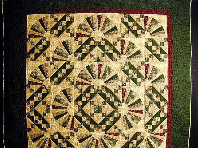 Green and Burgundy Jacobs Ladder Quilt Photo 2