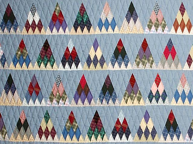 Plaid Navy Blue and Multi Thousand Pyramids Quilt Photo 3