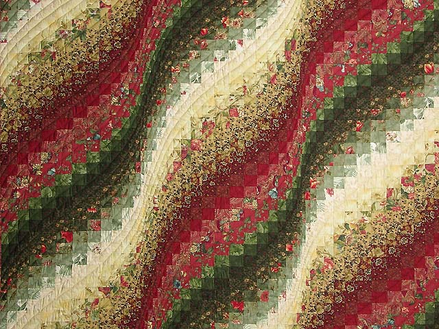 Green Paprika and Ivory Bargello Wave Quilt Photo 3