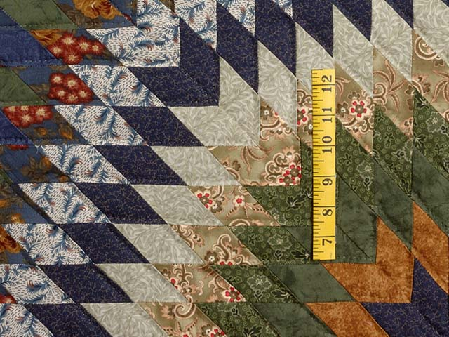 Navy and Multicolor Extra Fine Lone Star Wreath Quilt Photo 5