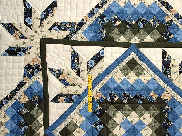 Blue Cream and Dark Green Commons Star Medallion Quilt Photo 4