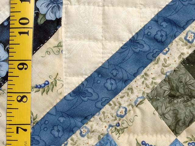 Blue Cream and Dark Green Commons Star Medallion Quilt Photo 6