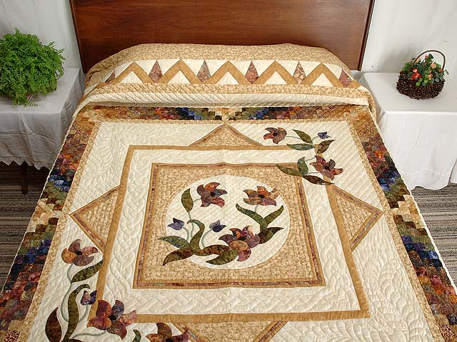 King Neutrals Gold and Mauve Rainbow Reflections Quilt Photo 1