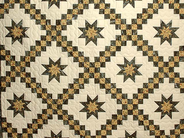 Marble and Gold Star Irish Chain Quilt Photo 3