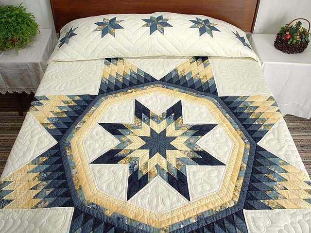 Navy Blue and Yellow Royal Star of Maryland Quilt Photo 1
