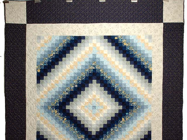 Navy and Gold Color Splash Quilt Photo 2