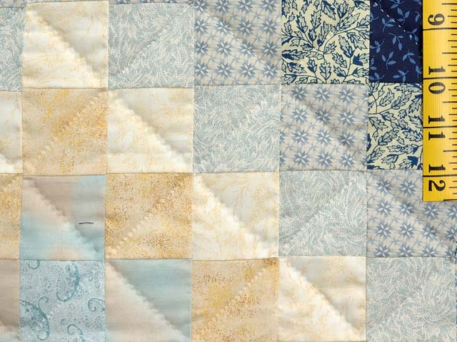 Navy and Gold Color Splash Quilt Photo 6