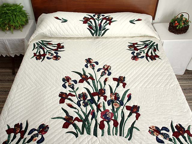 Burgundy and Navy Iris Applique Quilt Photo 1