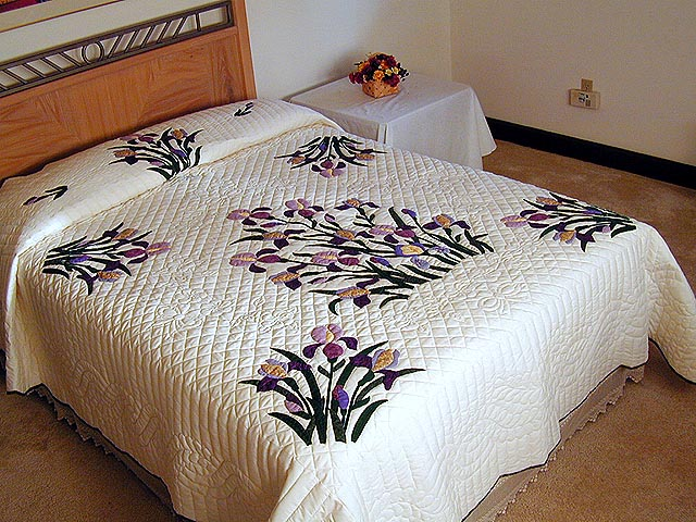 Purple and Yellow Iris Applique Quilt Photo 1