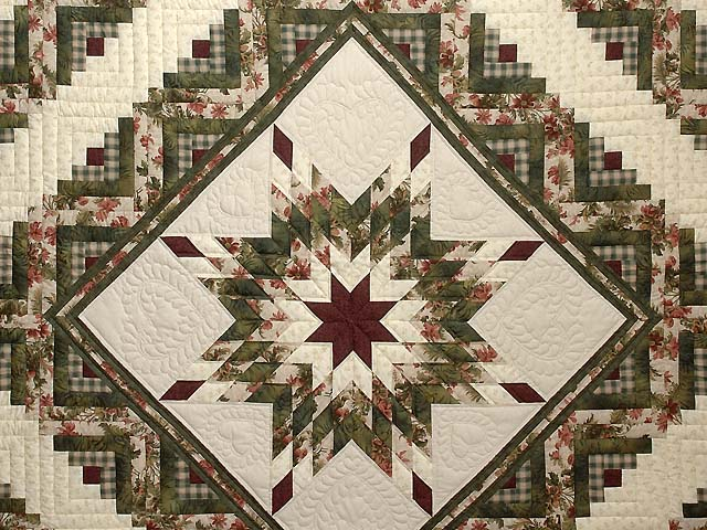 King Green Cream and Burgundy Lone Star Log Cabin Quilt Photo 3
