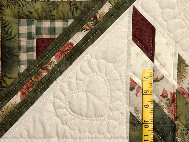 King Green Cream and Burgundy Lone Star Log Cabin Quilt Photo 5