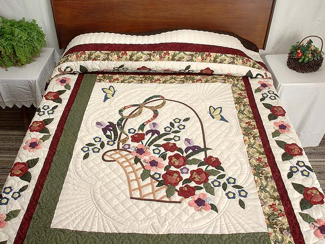 Dark Green Burgundy and Multicolor Garden Basket Quilt Photo 1