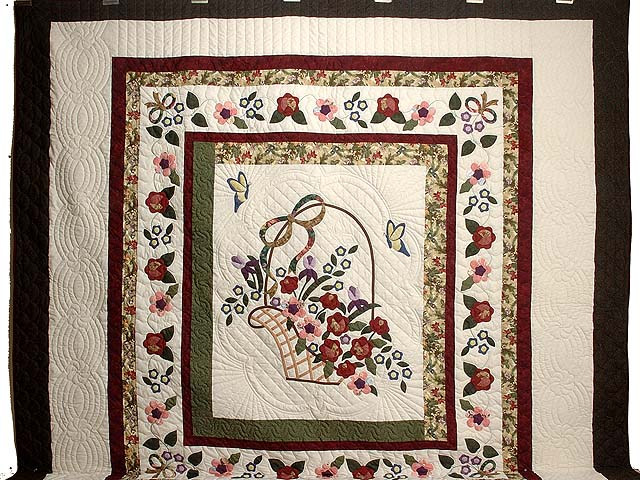 Dark Green Burgundy and Multicolor Garden Basket Quilt Photo 2
