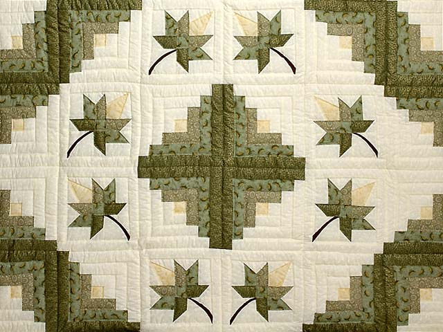 Green Gold and Yellow Cabin Splendor  Quilt Photo 3