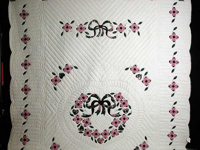 Pink and Green Dogwood Applique Quilt Photo 2