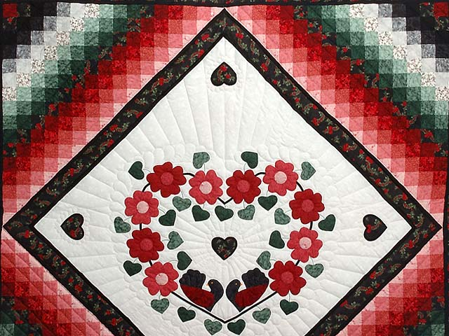 Red Black and Green Sunshine Sweetheart Quilt Photo 3