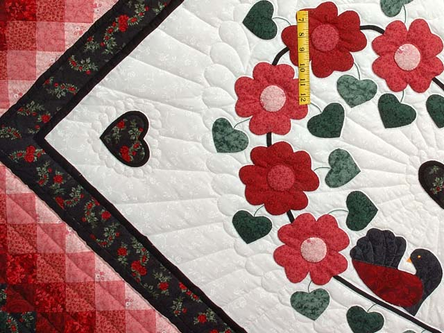 Red Black and Green Sunshine Sweetheart Quilt Photo 4