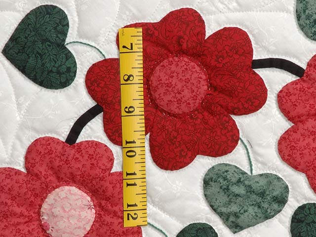 Red Black and Green Sunshine Sweetheart Quilt Photo 5