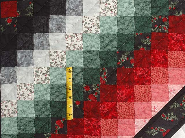 Red Black and Green Sunshine Sweetheart Quilt Photo 6