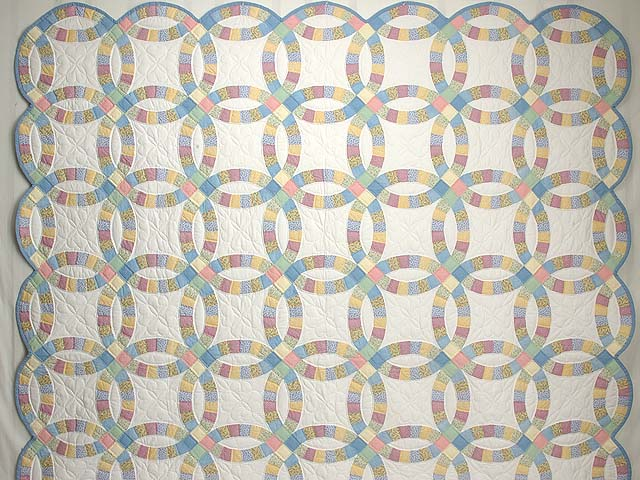 Extra Fine Pastel Double Wedding Ring Quilt Photo 2