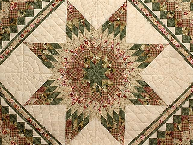 King Green Rose and Tan Lone Star Trip Quilt Photo 3
