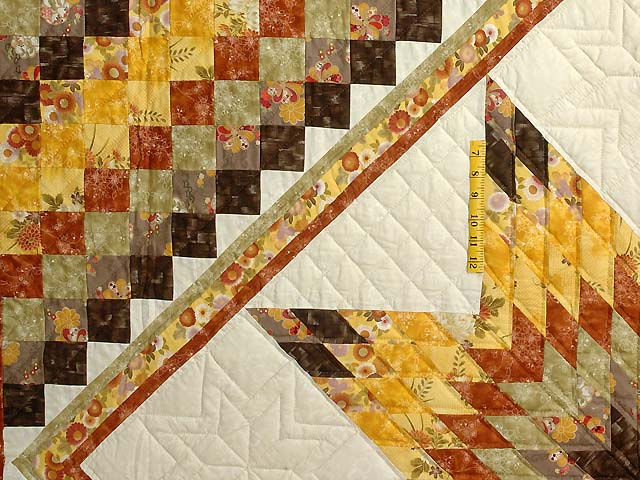 Gold Red and Moss Lone Star Trip Quilt Photo 4