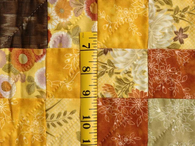 Gold Red and Moss Lone Star Trip Quilt Photo 6