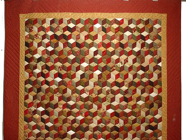 Red Gold and Multicolor Tumbling Blocks Quilt Photo 2