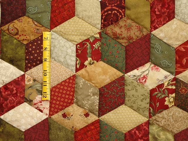 Red Gold and Multicolor Tumbling Blocks Quilt Photo 4