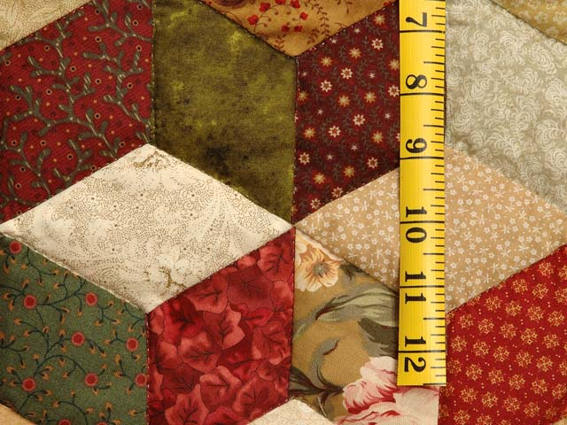 Red Gold and Multicolor Tumbling Blocks Quilt Photo 5