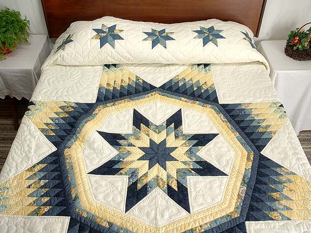 King Navy Blue and Yellow Royal Star of Maryland Quilt Photo 1