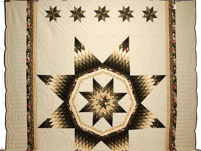 King Dark Green Peach  and Tan Royal Star of Maryland Quilt Photo 2