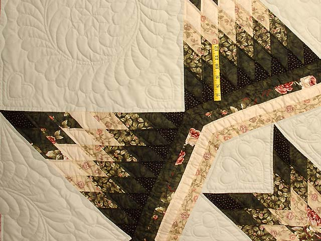 King Dark Green Peach  and Tan Royal Star of Maryland Quilt Photo 4