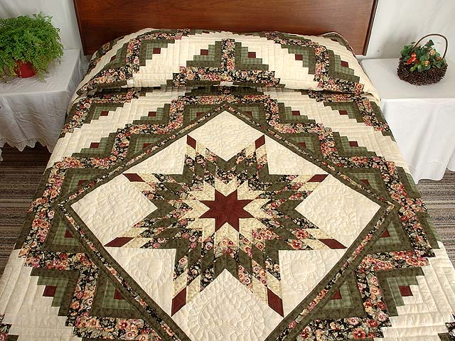 King Green Cream and Burgundy Lone Star Log Cabin Quilt Photo 1