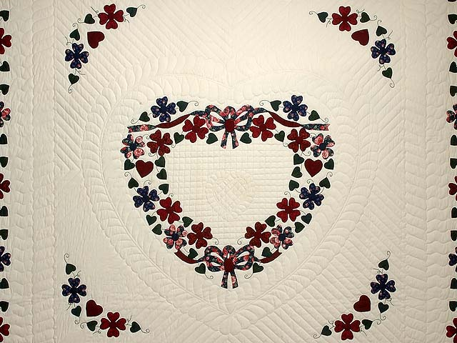 Navy and Burgundy Hearts Bouquet Quilt Photo 3