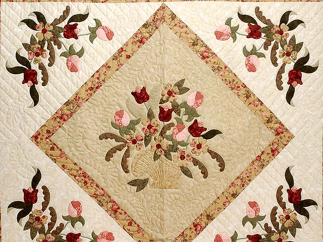 King  Rose and Gold  Spring Basket Quilt Photo 3