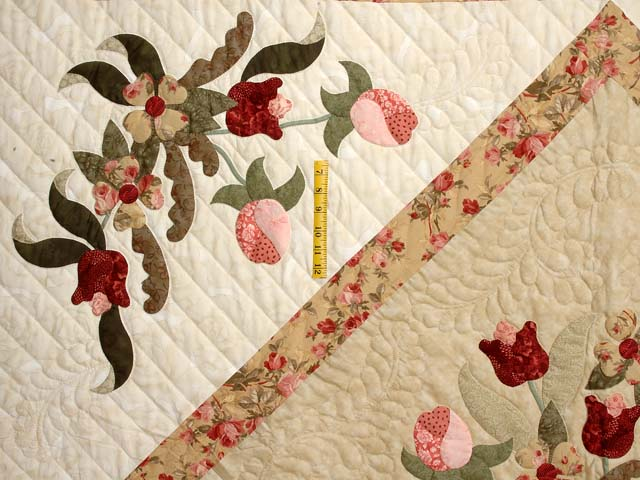 King  Rose and Gold  Spring Basket Quilt Photo 5