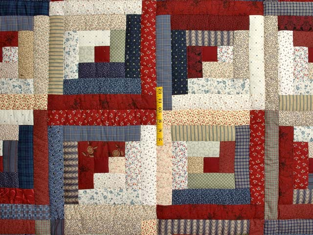 Burgundy Tan and Navy Log Cabin Quilt Photo 4
