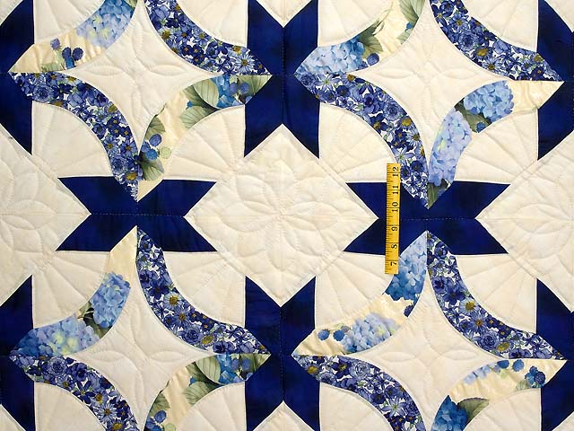 Blue and Yellow Lovers Knot Quilt Photo 4